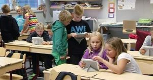 Fínsko sa stane prvou krajinou sveta, ktorá na svojich školách úplne vyradí z osnov všetky vyučovacie predmety