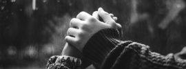 Zlomené srdce po rozchode s milovanou osobou – 7 fáz a ako sa s tým vyrovnať