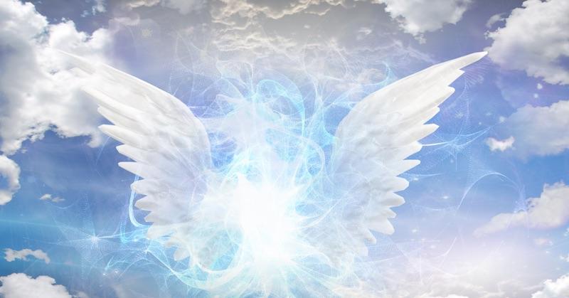 Napojenie sa na anjelské energie: Ako sa spojiť so svojím strážnym anjelom